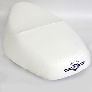 Genuine Buddy 50/125/150 Seat - White (SKU: P66710000008*)